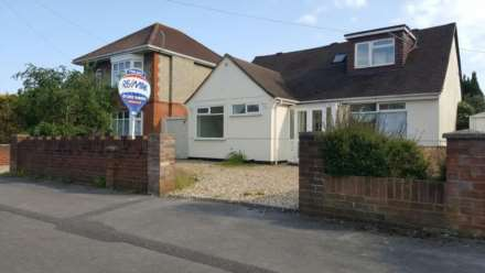 5 Bedroom Bungalow, Mossley Avenue, Poole