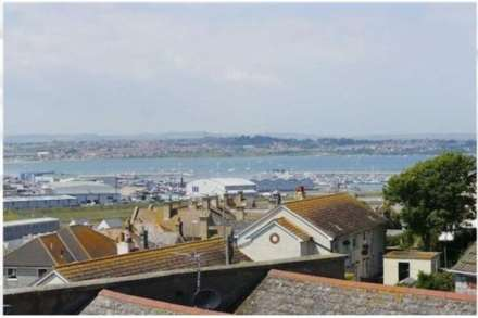 4 Bedroom Town House, Fortuneswell, Portland