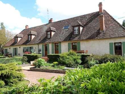 5 Bedroom Detached, Torteron, France