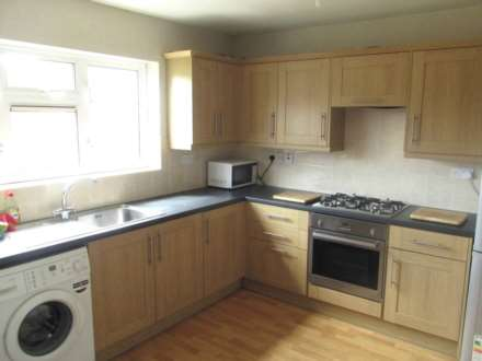 3 Bedroom House, Cowley Crescent, Uxbridge