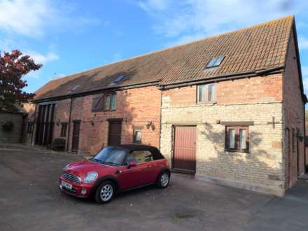 3 Bedroom Barn Conversion, Ufton, between Leamington Spa & Southam, CV33