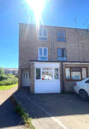 4 Bedroom End Terrace, Barton Crescent, Leamington Spa, CV31 1SH