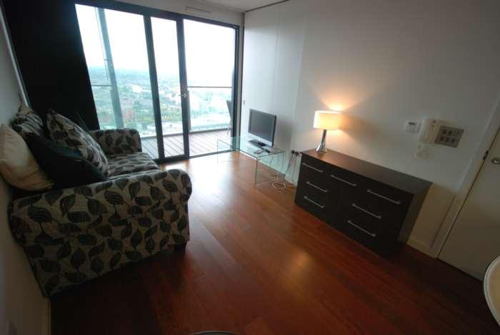Shepherd Gilmour Properties - 1 Bedroom Apartment, Beetham Tower, Deansgate
