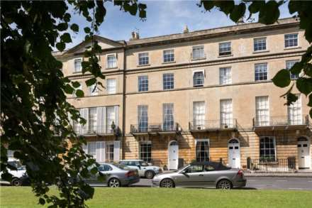 2 Bedroom Maisonette, Sion Hill Place, Bath