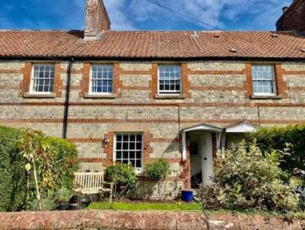2 Bedroom Cottage, Monkton Deverill