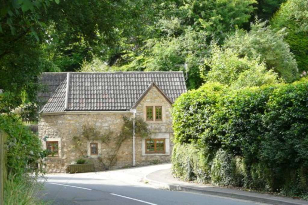 Swallows Property Letting - 3 Bedroom Cottage, Bruton
