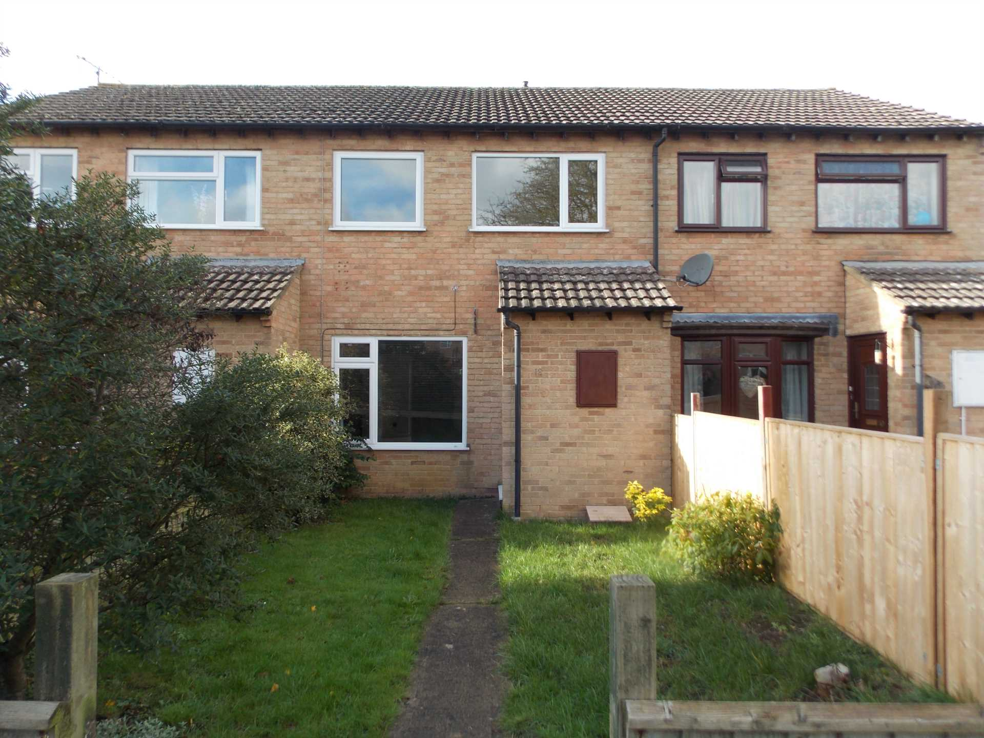 Swallows Property Letting - 3 Bedroom Terrace, Chestnut Close, Frome