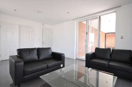 1 Bedroom Flat, Sutton Road, London,E1