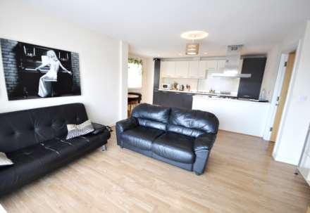 2 Bedroom Flat, Runnel Court, Barking