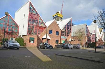 Commercial Property, Sky Line Village, London