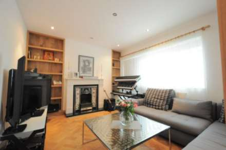 1 Bedroom Flat, Abercorn Place, NW8