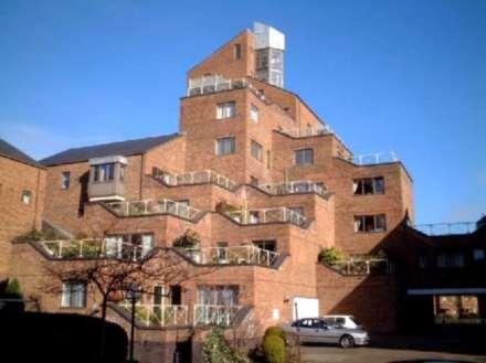 2 Bedroom Apartment, London, E14