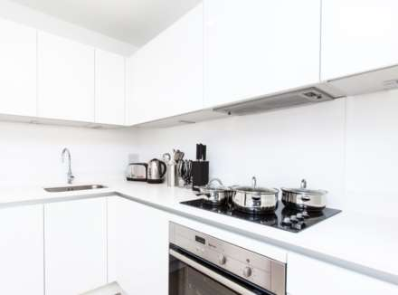 1 Bedroom Apartment, Royal Quay, E14