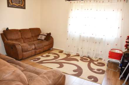 2 Bedroom Flat, Ronnie Lane, E12