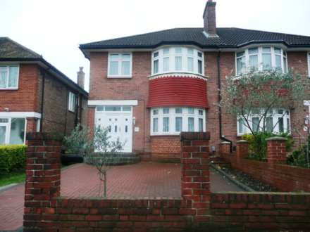 4 Bedroom Semi-Detached, Friars Place Lane, Acton