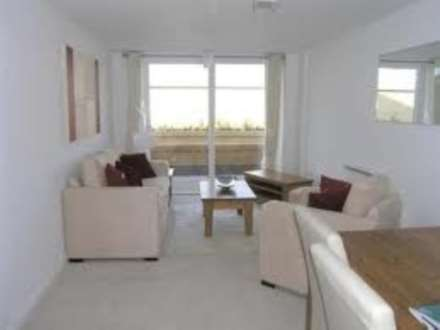 1 Bedroom Apartment, Camillia House, Feltham
