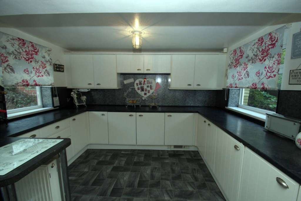 Main photo for 5 Bedroom Detached Bungalow, Church Lane, Ormesby