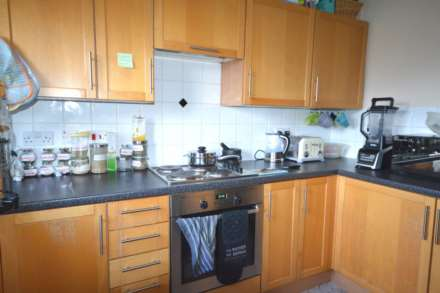 2 Bedroom Apartment, Victory Close, Creekmouth