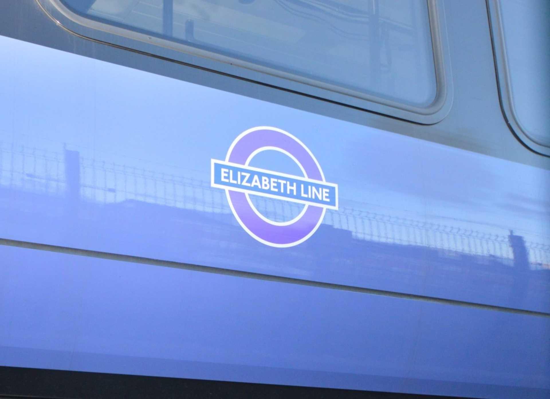 Elizabeth Line now due to Open December 2021