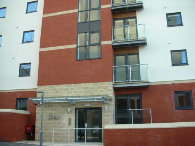 Ace Properties - 2 Bedroom Apartment, Lawson Street, Preston