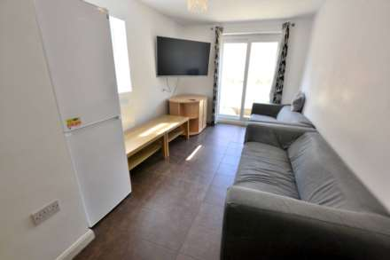 Property For Rent Donnington Gardens, Reading