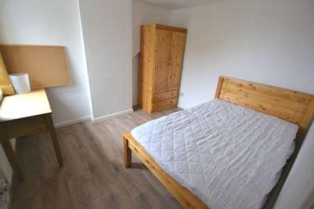 6 Bedroom Terrace, Norris Road, Reading