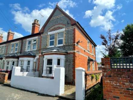 3 Bedroom End Terrace, Manchester Road, Reading