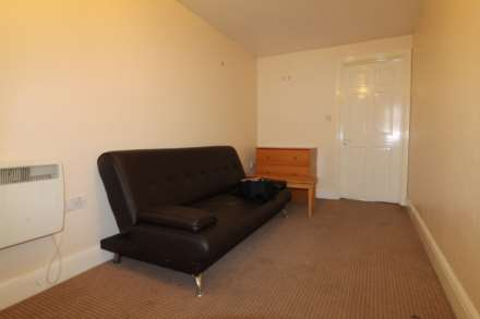 Property For Rent Corwell Lane, Uxbridge