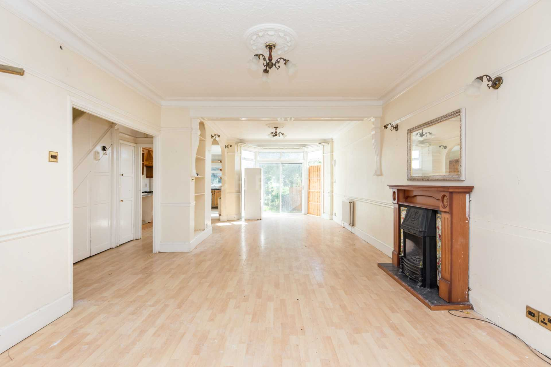 Halstead Road, Winchmore Hill, N21, Image 3
