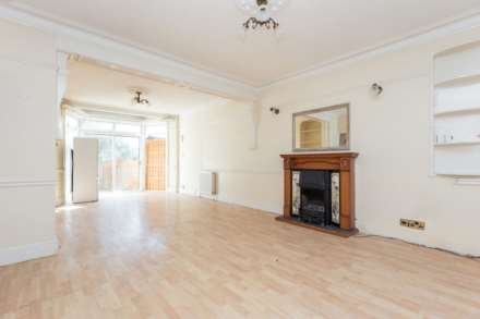 Halstead Road, Winchmore Hill, N21, Image 2