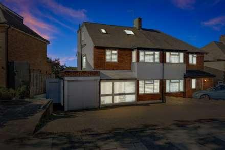 Property For Sale Chandos Avenue, Southgate, London