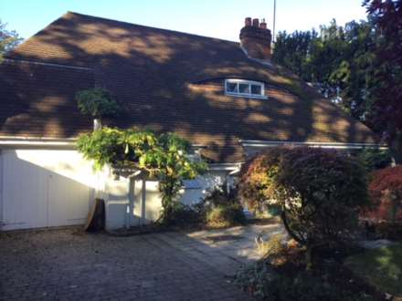 4 Bedroom Detached, Treecott, St.Leonards Road, Thames Ditton