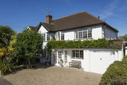 4 Bedroom Semi-Detached, Vaughan Road, Thames Ditton