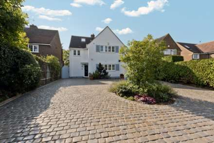 5 Bedroom Detached, Station Road, Thames Ditton
