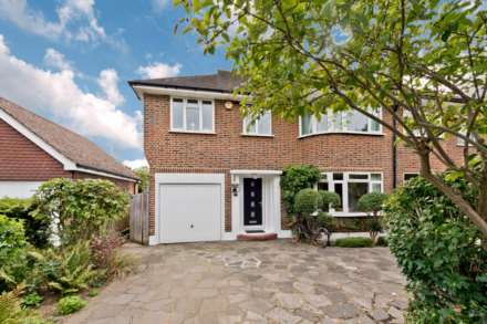 Property For Sale Ennismore Gardens, Thames Ditton