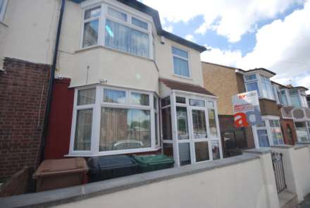 Chesterfield Road, Leyton, E10, Image 1