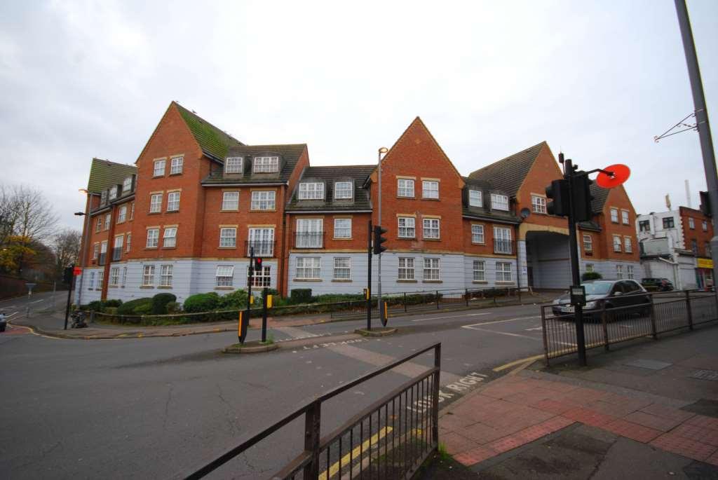 Henley Lodge, Walthamstow, E17, Image 1