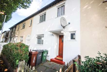 4 Bedroom House, Epsom Road, Leyton