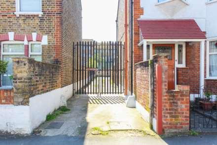 Grange Park Road, Leyton, Image 13