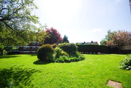 Lynwood Close, South Woodford, Image 7