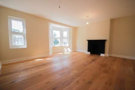 2 Bedroom Flat, Wallwood Road, Leytonstone