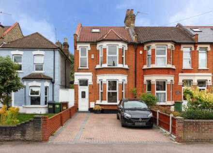 5 Bedroom House, Hainault Rd, Leytonstone