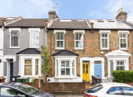 4 Bedroom House, Sedgwick Road, Leyton