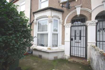 3 Bedroom House, Gordon Road, Leyton, E15