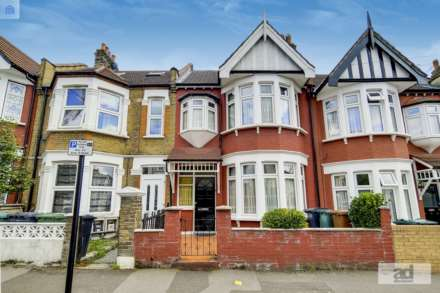 4 Bedroom Terrace, Colchester Road, Leyton,E10
