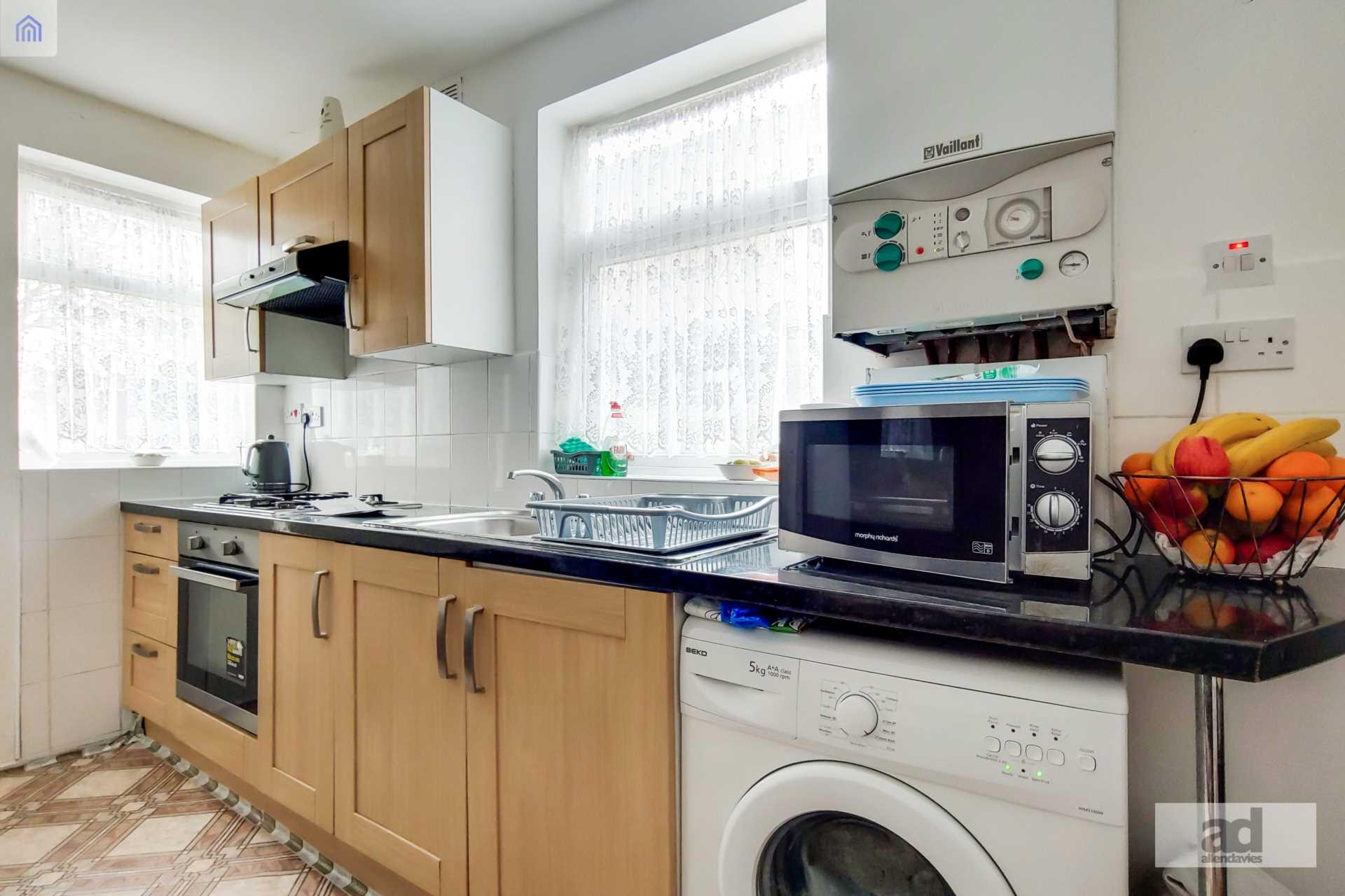 Grange Park Road, Leyton, E10, Image 3