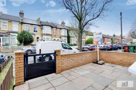 Huxley Road, Leyton, E10, Image 10