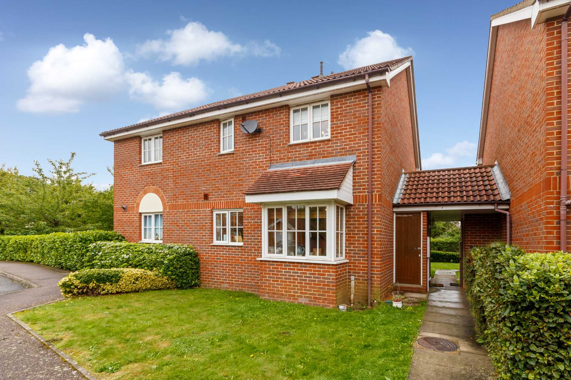 SOLD - OAKTREE CLOSE