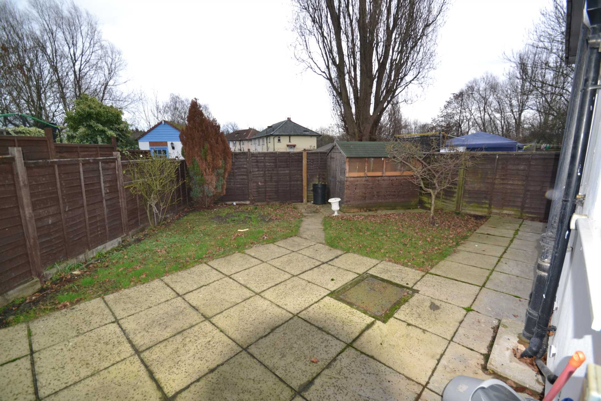 Clifton Rd, Perivale, Image 15