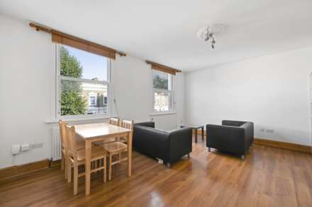 3 Bedroom Flat, Loftus Road, Shepherds Bush, W12 7EL
